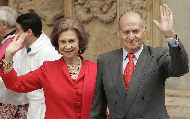 King Juan Carlos and Queen Sofía photo: The Telegraph/Reuters